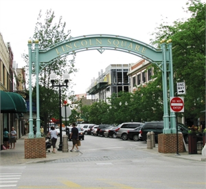 Lincoln Square arch sign